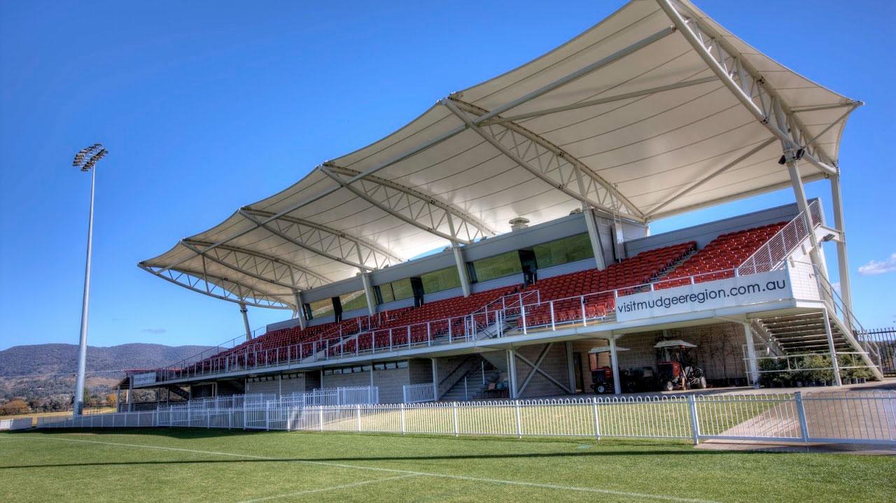 grandstand-grounds-makmax-australia